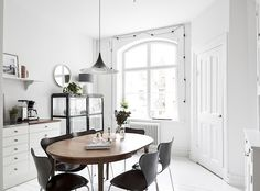 my scandinavian home: A lovely monochrome and light wood Swedish home