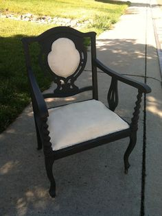 Shabulous: Chalk Paint Upholstery? Why not?