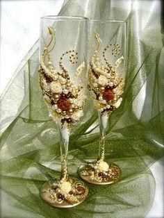 Декор свадебных бокалов. Креативные идеи