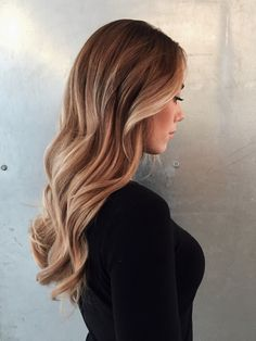 Perfect balayage. Sunkissed hair. 2017 hairtrends.