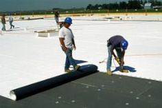 Tips To Help Homeowners Choose The Right Roofing Contractor - Useful Roofing Tips