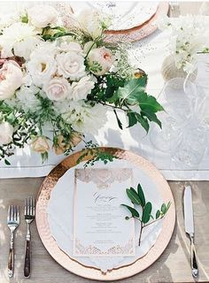 Classic and Romantic Ivory and Rose Gold Wedding Tablescape