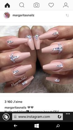 Opting for bright colours or intricate nail art isn't a must anymore. This year, nude nail designs are becoming a trend. Here are some nude nail designs. Gem Nails, Aycrlic Nails, Chic Nails, Diamond Nails, Nude Nails, Swarovski Nails, Rhinestone Nails, Bling Nails, Gorgeous Nails