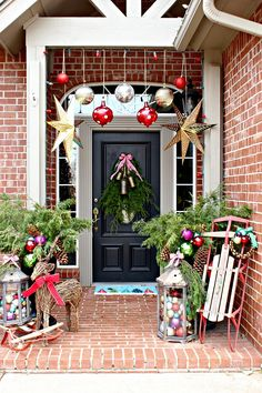 Dimples and Tangles: 2016 CHRISTMAS HOME TOUR PART 3- FRONT PORCH AND ENTRY