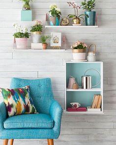 Nichos e prateleiras são itens indispensáveis na decoração. Versáteis essas peças se encaixam em qualquer ambiente da casa além de ajudarem a otimizar o espaço  #decoracaodeinteriores #inspiration #home #homesweethome #casaedecoracao #decorar #arquiteturadeinteriores #arquitetura #decor #decor #color