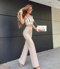 casual and cute summer outfits ideas to inspire - Cute Crop Tops Every Girl Should Own in 2019 - Summer outfits Top Outfits Ideas For Women's Cute And Stylish Teen Fashion Outfits, Look Fashion, Fall Outfits, Summer Outfits, Fashion Dresses, 70s Fashion, Fashion Fashion, Spring Fashion, Fashion Trends