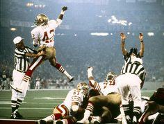 Ronnie Lott -Super Bowl XVI - San Francisco 49ers vs Cincinnati Bengals - January 24, 1982 San Francisco 49ers cornerback Ronnie Lott (42) celebrates after forcing Cincinnati to a fourth down in a 26-21 win over the Cincinnati Bengals in Super Bowl XVI on January 24, 1982 at Pontiac Silverdome.