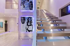 Modern Las Vegas Home 17/30 - Art & Staircase | Flickr : partage de photos !