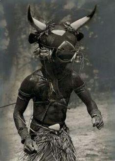 Bidyugo mask ritual, Mauritania late 1930s by Hugo Bernatzik.