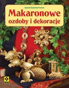 makaronowe ozdoby i dekoracje - Szukaj w Google Christmas Wreaths, Christmas Bulbs, Xmas, Noodle Doodle, Pasta Crafts, Diy And Crafts, Doodles, Holiday Decor, Decorations