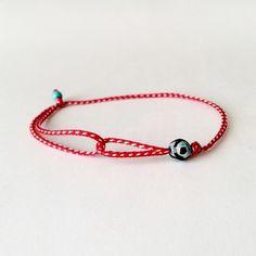 Μάρτης με ματάκι Macrame Bracelets, Dance Dresses, Bracelet Making, Friendship Bracelets, Diy Jewelry, Baba Marta, Diy And Crafts, Jewels, Beads
