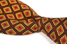 "BROOKS BROTHERS Burgundy Geometric Twill 100% Silk Mens Tie - 3.875"" #BrooksBrothers #NeckTie"