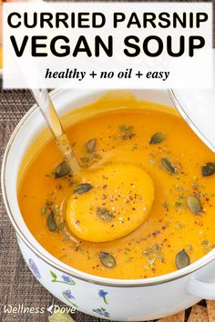 Hearty, comforting and truly healthy parsnip vegan soup made with pure whole food, plant-based ingredients. This soup is full of flavor thanks to those parsnips and the whole plethora of aromatic and delicious veggies inside. And on top, it's so easy to make - just 5 ingredients and a blender! Enjoy! Vegan Stew, Vegetarian Soup, Vegan Soups, Quick Soup Recipes, Whole Food Recipes, Curried Parsnip Soup, Cream Of Pumpkin Soup, Vegan Slow Cooker, Homemade Soup