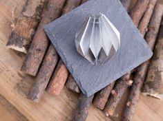 DIY tutorial: Make An Origami Christmas Ornament  via DaWanda.com
