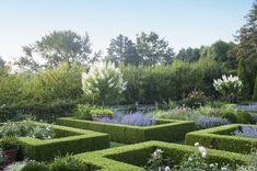 Every Inch Of Ina Garten's Famous Garden Is Enchanting - ELLEDecor.com