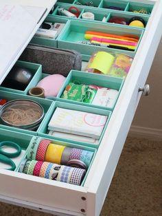 Il est possible de réaliser mille et une choses avec des boîtes en carton vides. Alors, ne jetezplus vos anciennes boîtes à chaussures, à céréales, et même celles de vos chips rondespréférées!