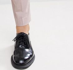 ASOS DESIGN Wedding - Pantalon de costume slim en coton stretch - Mastic | ASOS Asos, Costume Slim, Pantalon Costume, Doc Martens Oxfords, Oxford Shoes, Costumes, Skinny, Wedding, Design