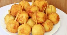 Well, Very Delicious - Chicken Nuggets with Raw Cheese .- Well, very tasty – Chicken Nuggets with Cheese! Snack Recipes, Cooking Recipes, Snacks, Chicken Dishes For Dinner, Raw Cheese, Marinated Chicken Recipes, Good Food, Yummy Food, Romanian Food