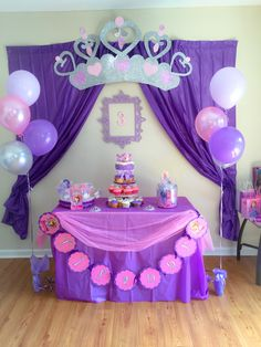 Sofia the First Party Decoration Ideas . Lovely sofia the First Party Decoration Ideas . Food Table with Lit Background Elegant sofia the First Princess Sofia Birthday, Princess Birthday Party Decorations, Sofia The First Birthday Party, 4th Birthday Parties, 3rd Birthday, Childrens Party, First Birthdays, Ideas Manualidades, Fiesta Ideas