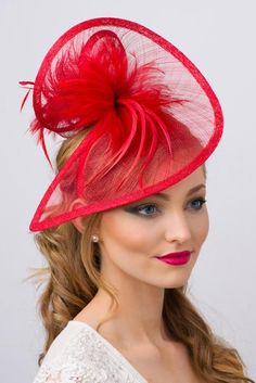 This mesh twist fascinator accessory is both daring and elegant, and stunning from every angle. This statement-making fascinator headband rises to any occasion. Facinator Hats, Fascinator Headband, Fascinators, Headpieces, Fancy Hats, Cool Hats, Feather Bouquet, Feather Hat, Red Hat Society