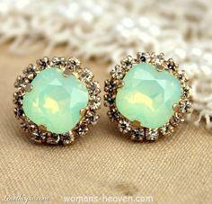 Earrings design image,earrings,earrings desings,earrings image,earrings photo,earrings picture,fashion http://www.womans-heaven.com/earrings-design-image/