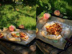 Waniliowa Chmurka: Rustykalna pełnoziarnista tarta z brzoskwiniami