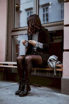 Trendy outfit in black and stripes Airport Outfits black Outfit stripes Trendy Cold Outfits, Casual Outfits, Fashion Outfits, Fashion Trends, Simple Outfits, Fall Winter Outfits, Winter Fashion, Casual Winter, Dark Winter