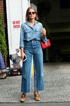 wholesale dealer 48c32 ca068 Best Street Style From New York Fashion Week - NYFW SS18 Street Style Denim  Fashion,
