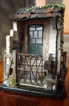 Inoue Yuri - Sculpture shows house gated entrance. Sakatsu Gallery.