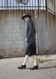 Casual and cool, via agogo fashion. #GoorinBros hat #AlexanderWang shoes