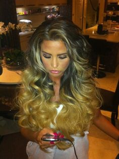 Hair gorgeous ombre. Id give my little toenail for this hair. If you know me that means ALOT!! Lol