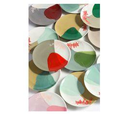 Porcelain Color Research color experiments by Hella Jongerius for Royal Tichelaar Makkum (NL) commission Ceramic Tableware, Porcelain Ceramics, China Porcelain, Ceramic Pottery, Pottery Art, Ceramic Art, Painted Porcelain, Keramik Design, Plates And Bowls
