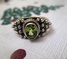 RING - PERIDOT - GEMSTONE - Ornate -  925 - Sterling Silver - size 8 1/4   green129 by MOONCHILD111 on Etsy