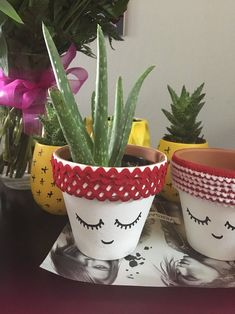 vinyl lettered flower pot hand painted Elf Cam