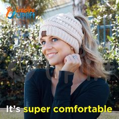 Best 12 Soft Knit Ponytail Beanie – ★★★★★ It seems as though, all of a sudden, these adorable beanies are everywhere you look and we are loving the look of these messy-hair don't care knit hats! They are absolutely perfect for the pony-tail lovers o Baby Hats Knitting, Knitting For Kids, Knitted Hats, Crochet Beanie Pattern, Knit Crochet, Crochet Hats, Ponytail Hat Knitting Pattern, Knitting Patterns Free, Knit Patterns
