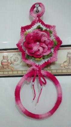 Porta pano de prato em crochê, diversas cores e modelos, podendo ser confeccionado conforme pedido do cliente.