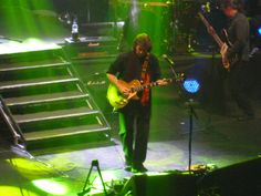 Steve in solo mode - Steve Hackett - Genesis Revisited 2 Tour - Cardiff St David's Hall