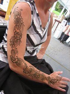 Full henna arm by Meghan's Mehndi, via Flickr