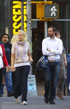 Casual Haakon and Mette-Marit