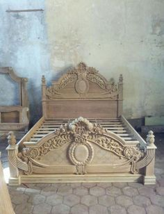 simple home decor Wood Carving Designs, Wood Carving Art, Wood Art, Wood Bed Design, Wooden Door Design, Home Decor Furniture, Bedroom Furniture, Furniture Design, Garden Furniture