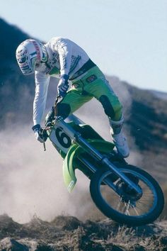 ron lechien / Le Guide Vert Off Road Bikes, Dirt Bikes, Off Road Racing, Vintage Motocross, Motorcycle Design, Motogp, Motorbikes, Offroad, Cars