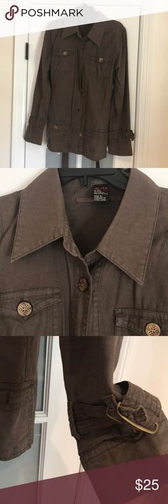Buffalo xl green utility jacket Xl greenish brown utility jacket with buttons- seriously one of the best items on my posh bc so flattering and looks great dressed up or down Buffalo Jackets & Coats