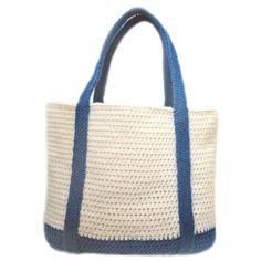 Classic Tote Bag PDF Crochet Pattern by CrochetSpotPatterns Crochet Tote, Crochet Handbags, Crochet Purses, Crochet Crafts, Market Bag, Crochet Accessories, Tote Purse, Purses And Bags, Crochet Patterns