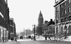 Old photo of The Headrow And Town Hall c1955, Leeds