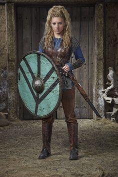 Vikings Season 3 Lagertha Official Picture - Vikings (TV Series ...
