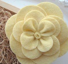 DIY doityourself How To Make a Gardenia Felt by babyflairboutique, $6.50