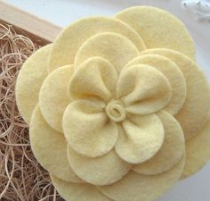 DIY doityourself How To Make a Gardenia Felt by babyflairboutique, $6.50