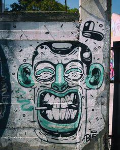 Ποιος τον πείραξε τον κύριο;  #graffiti #streetart #wallart #city #mural #wallpainting #art #wall #Athens #we_capture_athens #streetsofathens #athensvoice#athensvibe #street #streetshot #streetphotography# #in_athens #urban_greece #loves_athens #ig_athens