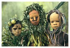Tribal Adornment, Omo Valley, Ethiopia [Photo by Hans Silvester] -xo- Cara Tribal, Tribal Face, Cultures Du Monde, World Cultures, We Are The World, People Around The World, Pintura Tribal, African Tribes, Art Brut