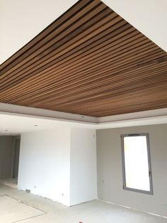It is pretty easy to implement your brilliant ideas. You can only choose which idea you like the most, then your basement would be the most comfortable living space. Wood Slat Ceiling, Wooden Ceiling Design, Ceiling Design Living Room, Wooden Ceilings, False Ceiling Design, Living Room Designs, Bulkhead Ceiling, Basement Ceiling Options, Basement Ideas